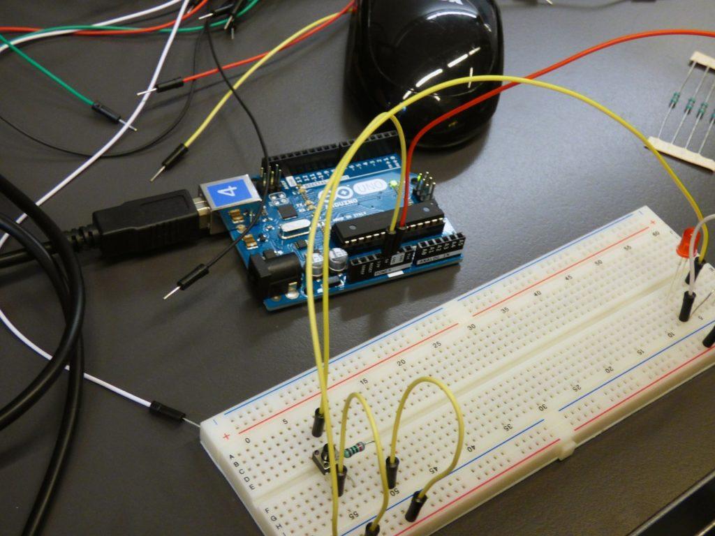 cursuri si proiecte Arduino