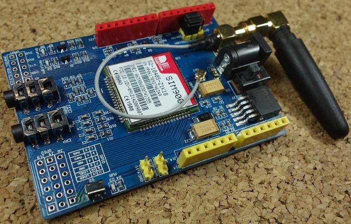 crisstel.ro Arduino GSM/GPRS Shield voce SMS Internet