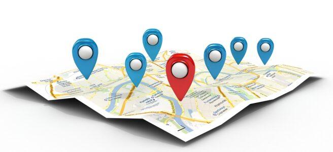 crisstel.ro ESP8266 Geolocation Localizarea geografică este o problemă rezolvată cu ajutorul mai multor tehnologii actuale Tehnologia GPS necesită funcționarea în spații deschise și utilizarea unui receptor specializat posibilitatea de localizare inclusiv în interiorul clădirilor telefoanele mobile inteligente tehnologia GPS este combinată cu triangularizarea semnalelor radio GSM și WiFi placă de dezvoltare WiFi ESP8266 și pe serviciul cloud Google Geolocation API dispozitiv de localizare mult mai ieftin decât dispozitivele comerciale bazate pe soluții GPS și care permite localizarea inclusiv în interiorul clădirilor rețele WiFi cartografiate de compania Goolge placă de dezvoltare Adafruit Feather HUZZAH afișaj SHARP Memory Display
