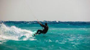 kiteboarding wind surfing Marea Neagră Mamaia Constanta Navigație