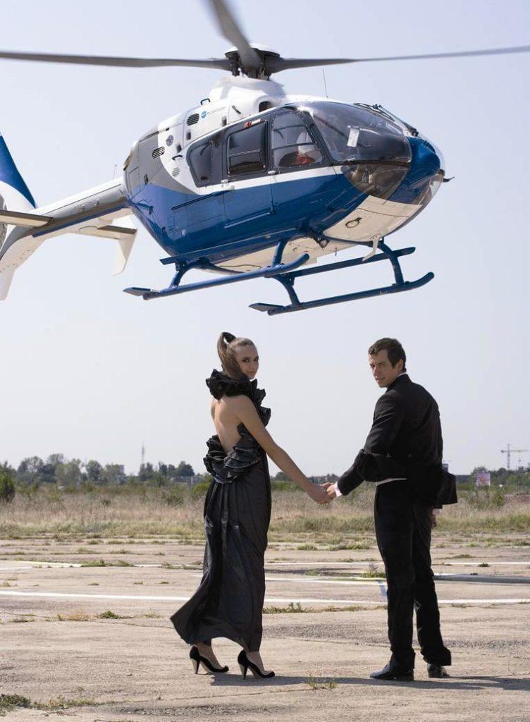 Voucher pentru cadouri cu adrenalină elicopter avion epocă castel cină șampanie fior adrenalină off road limuzină navigație călărie pictură fotografie muzică dacă sufletul cupon citește inițiere
