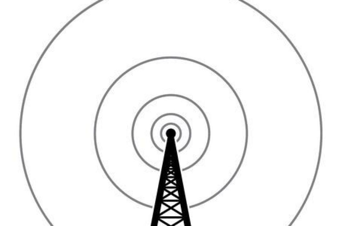 crisstel.ro Repetor WiFi cu legătură GSM de siguranță Dispozitivele de tip repetor au ca principal scop extinderea acoperirii semnalului pentru o rețea radio Repetoarele WiFi extind acoperirea unei rețele WiFi astfel încât să nu fie necesară instalarea și managementul mai multor dispozitive de tip AP dirijarea traficului pe o conexiune de date GSM în cazul în care conexiunea WiFi se întrerupe sistemul se va comporta ca un repetor WiFi în mod obișnuit dar se va transforma într-un router WiFi GSM în cazul în care conexiunea principală are probleme placă de dezvoltare LinkIt Smart 7688 bazată pe circuitul SoC MediaTek MT7688AN și care rulează distribuția Linux OpenWRT vom utiliza un modem USB GSM 3G Placa de dezvoltare LinkIt Smart 7688 oferă posibilitatea de funcționare în mod repetor începând cu versiunea 0.9.4 de firmware configurarea inițială va fi de Station mode După configurarea și repornirea plăcii ne putem conecta la aceasta prin SSH
