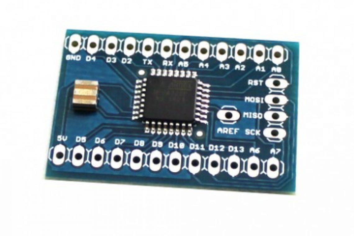 crisstel.ro Reduino Core - senzor detector de apă Reduino Core este o placă tip Arduino cu un excelent raport cost / performantă Reduino core Este perfect similara cu Arduino Uno (are exact același procesor ca ai Arduino UNO - Atmega328 - în format SMD) are dimensiuni mult mai mici este ușor de programat și oferă aproape aceleași facilitați pe care le oferă placa Arduino singura diferență este la tensiunea de alimentare fixa de 5V - vs. 7-12 V la Arduino UNO Reduino Core are următoarele dimensiuni: 53 x 75 mm 8 intrări analogice și este perfect capabilă să interacționeze cu o gama variata de motoare și senzori Placa Reduino Core este gândită a fi programată prin intermediul unei placi Arduino Uno Senzorul detector de apa În tutorialul de astăzi vei descoperi cum se construiește un senzor care detectează prezenta apei Cum funcționează senzorul ? Principiul de funcționare al senzorului este simplu și poate fi explicat pe scurt Rezistorul împreuna cu cele doua elemente metalice formează un divizor de tensiune În funcție de lipsa sau prezenta apei între cele doua elemente apare o rezistență În lipsa apei rezistenta este infinita iar în prezenta ei apare o rezistenta cu valori intre sute de KΩ și MΩ