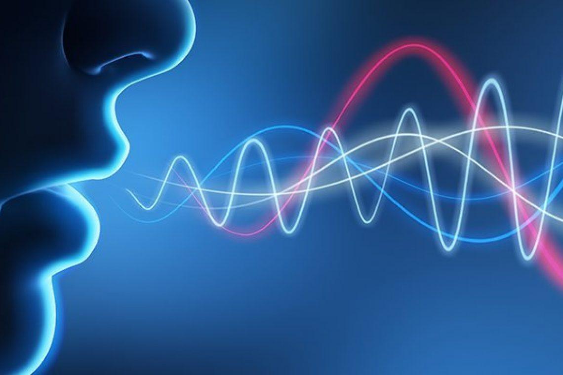 crisstel.ro Recunoaștere vocală și Raspberry PI Aplicațiile cu recunoaștere vocală devin extrem de interesante datorită task-urilor pe care le poți efectua: poți interacționa cu o voce (conversa asculta glume) poți cere diverse informații (despre vreme știri noutăți) poți efectua comenzi (aprinde/stinge lumina micșorează volumul melodiei) Jasper este o platformă open source destinată dezvoltării aplicațiilor cu recunoaștere vocală Asamblarea componentelor este simpla și nu este obligatoriu sa utilizezi un stick WiFI dar este necesara totuși o conexiune la Internet care se poate realiza prin cablul Ethernet Jasper poate fi instalat direct printr-o imagine ce se poate descarca de aici sau poți opta pentru varianta de instalare manuala dacă dorești să configurezi tutorial prin care poți dezvolta o aplicație cu recunoaștere vocală